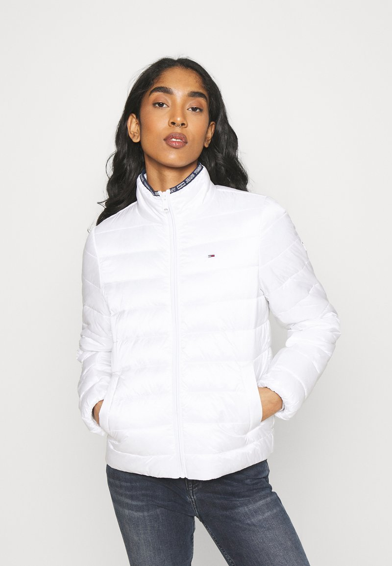Tommy Jeans - QUILTED ZIP THROUGH - Light jacket - white
