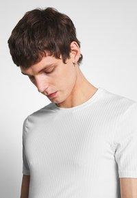 Zign - T-shirt - bas - offwhite - 3