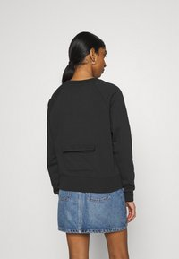 Nike Sportswear - CREW  - Sweater - black/white