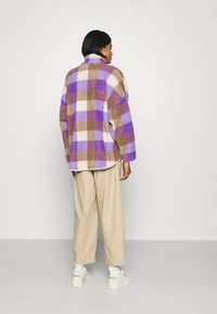 Monki - GAIA - Summer jacket - purple/beige - 2