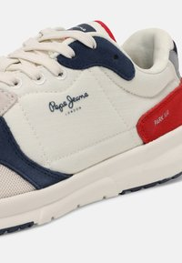 Pepe Jeans - PARK AIR 0.2 - Sneakers basse - off white - 5