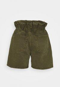 Frame Denim - ELASTIC WAIST - Shorts - washed moss - 1