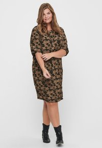 ONLY Carmakoma - Day dress - toasted coconut - 1