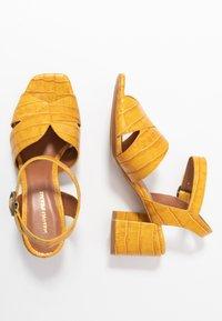 Bruno Premi - Sandaler - yellow - 3