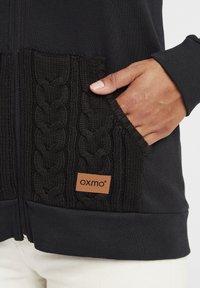 Oxmo - MATILDA - Zip-up hoodie - black - 9