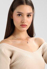 Ted Baker - ELVINA MINI BUTTON PENDANT - Necklace - rosegold-coloured - 1
