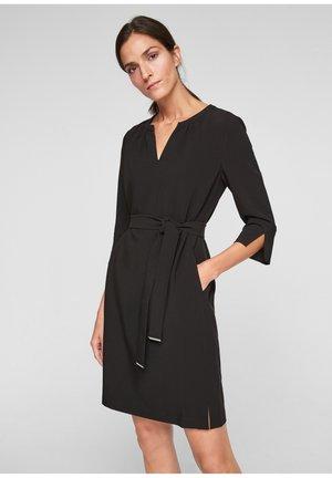 ELEGANTES STRETCH - Shift dress - black
