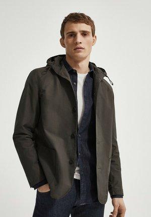 MIT KAPUZE  - Leichte Jacke - khaki
