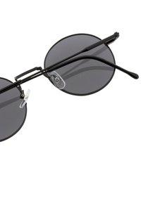 Icon Eyewear - PINCH - Zonnebril - matt black/grey - 2