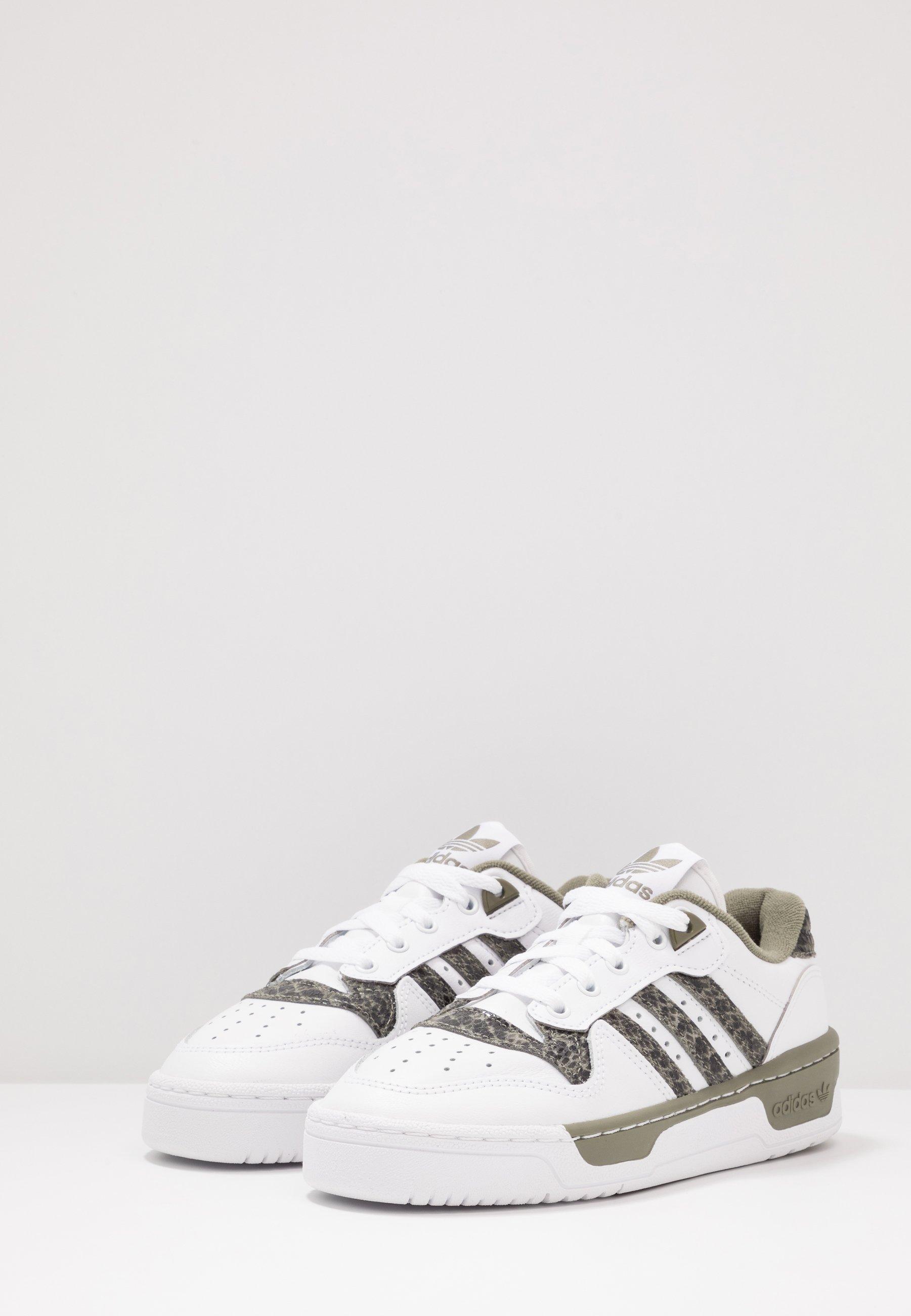 RIVALRY Sneakers footwear whitelegend green
