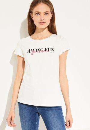 MIT STATEMENT-WORDING - Print T-shirt - white fun print