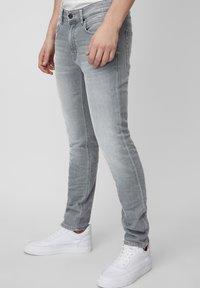 Marc O'Polo DENIM - VIDAR  - Slim fit jeans - grey - 3