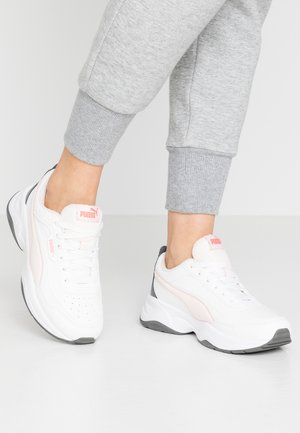 CILIA MODE - Sneakers laag - puma white/rosewater/castlerock/sun kissed coral