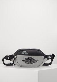 Jordan - CROSSBODY - Bum bag - shadow - 0