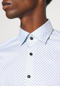 OLYMP No. Six - No. 6 - Formální košile - light blue - 4