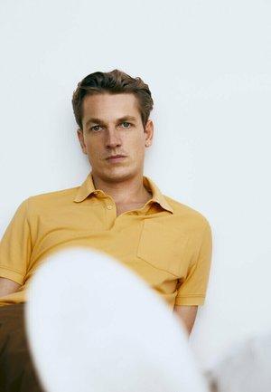 Polo shirt - mustard yellow