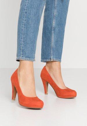 High heels - terracotta