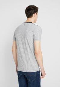 Scotch & Soda - STRIPE REPEAT - T-shirt print - white - 2