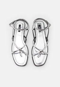 ONLY SHOES - ONLMIA STRAP TOE SPLIT  - T-bar sandals - silver - 5