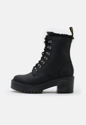 LEONA - Platåstøvletter - black