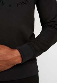Armani Exchange - Sweatshirt - black - 3
