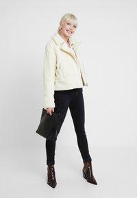 Replay - LUZ HIGH WAIST HYPERFLEX CLOUDS - Jeans Skinny Fit - black - 1