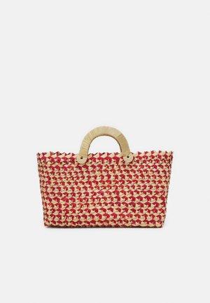 BELLE TOTE - Handbag - red