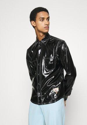 DOUBLE POCKET SHIRT - Košile - black