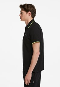 KARL LAGERFELD - Polo shirt - black - 3