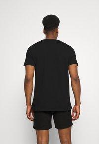 CLOSURE London - PALM SPRINGS TEE - T-shirt med print - black - 2