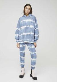 PULL&BEAR - Hoodie - mottled blue - 1