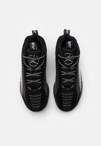 Jordan - JUMPMAN 2021 - Basketball shoes - black/metallic silver/black - 3