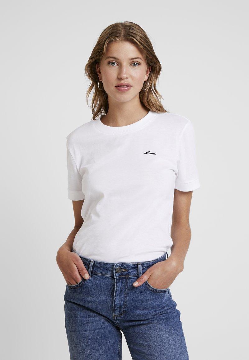 adidas Originals - TEE - T-shirt basique - white
