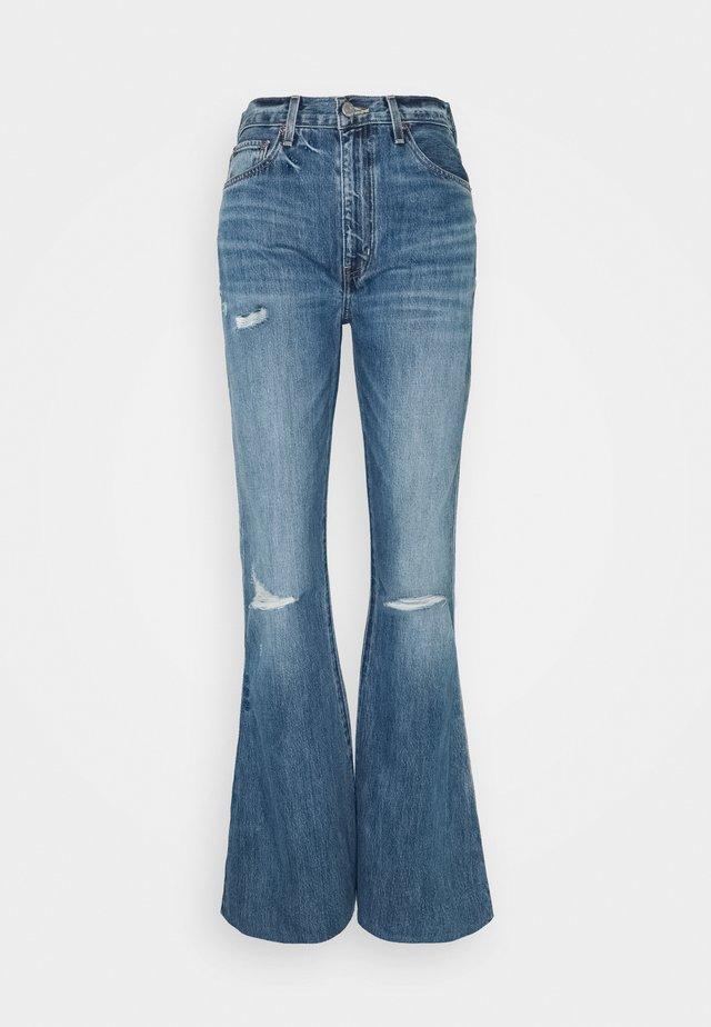 NINA - Jeans a zampa - fleetwood