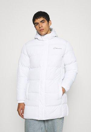 LONG PUFFER PARKA - Winter coat - white
