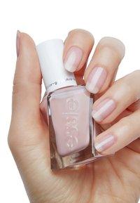 Essie - GEL COUTURE - Nail polish - 40 fairy tailor - 2