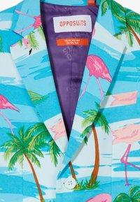 OppoSuits - FLAMINGUY SET - Suit - light blue/pink - 4