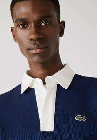Lacoste - Polo shirt - navy blau / blau / grün / beige / weiß - 3