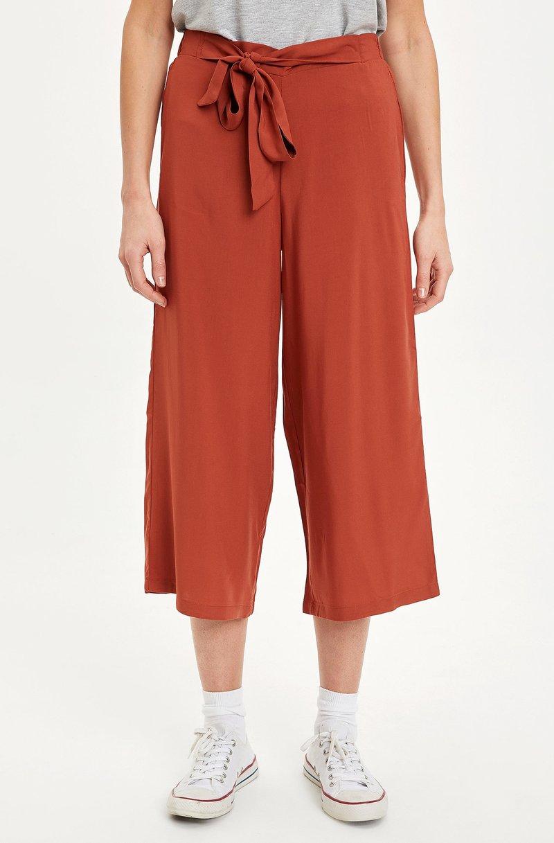 DeFacto - Trousers - orange