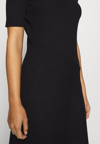 Zign Petite - Jersey dress - black - 5