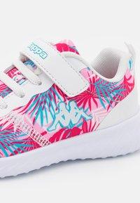 Kappa - UNISEX - Zapatillas de entrenamiento - white/pink - 5