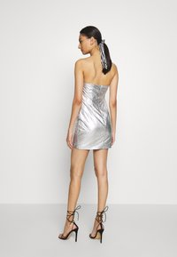 Third Form - DRIFTER FRILL STRAPLESS - Vestito elegante - silver - 2