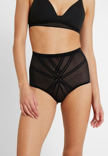 INVISIBLE SHAPING BRIEF