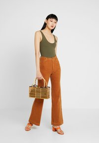 Rolla's - EASTCOAST FLARE - Trousers - tan - 1