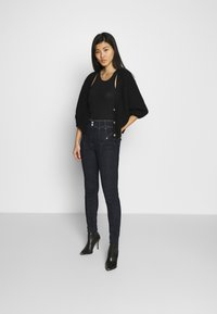 Guess - CORSET BIKER - Jeans Skinny Fit - one way - 1