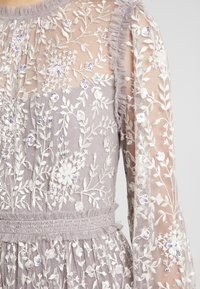 Needle & Thread - Abito da sera - lavender/champagne - 5
