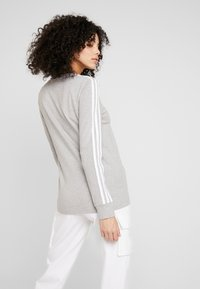 adidas Originals - Long sleeved top - medium grey heather/white - 2