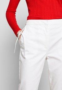 Vivetta - TROUSERS - Pantaloni - white - 5