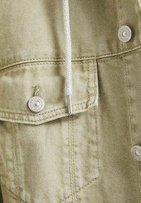 PULL&BEAR - Denim jacket - khaki - 6
