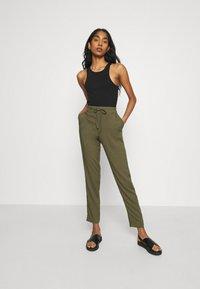 Vero Moda - Trousers - ivy green - 1